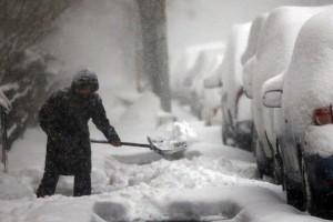 huge-snow-storm-slams-into-mid-atlantic-states