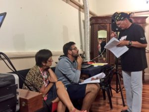 """Susanne Beyers en Stian Bam tydens 'n repetisie van """"Teerling: Die Pes"""" deur PG du Plessis met die regisseur Eben Cruywagen, heel regs."""