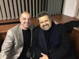 Johan Botha met Charl van Heyniging met sy laaste konsert op 16 Augustus.