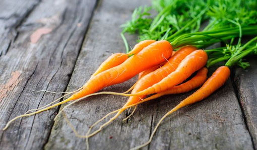 Kan geelwortels nagsig verbeter?