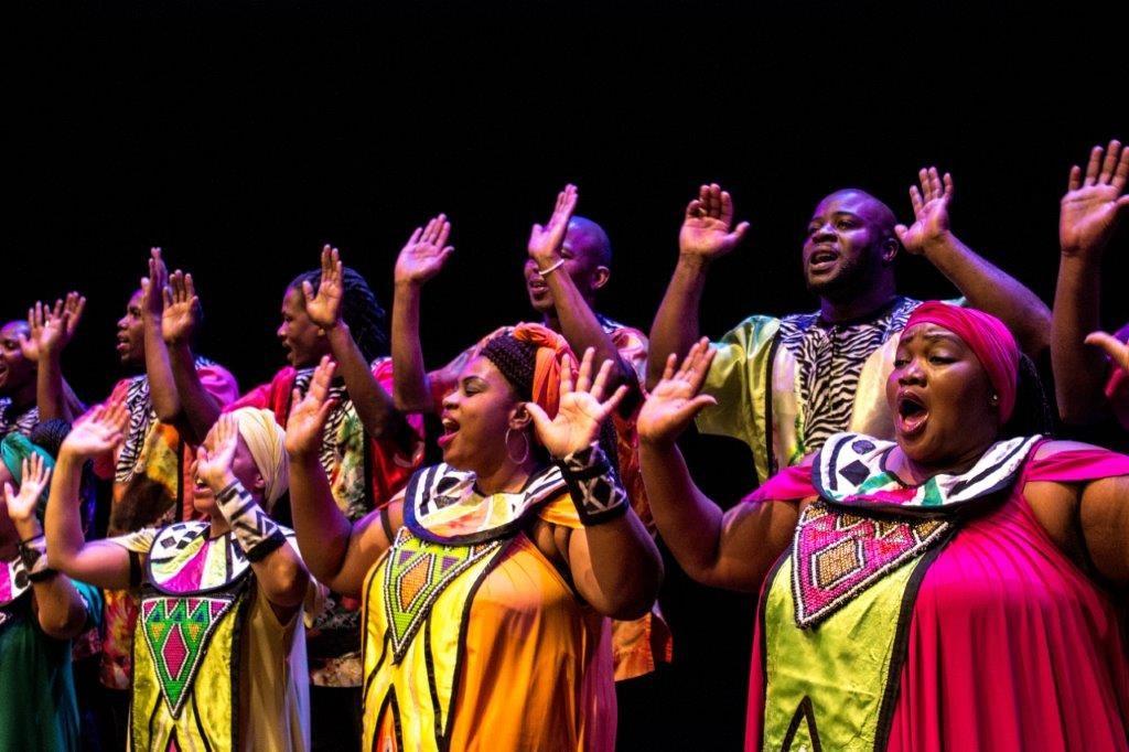 'n Grammy vir Afrika met Wouter Kellerman en die Soweto Gospel Choir