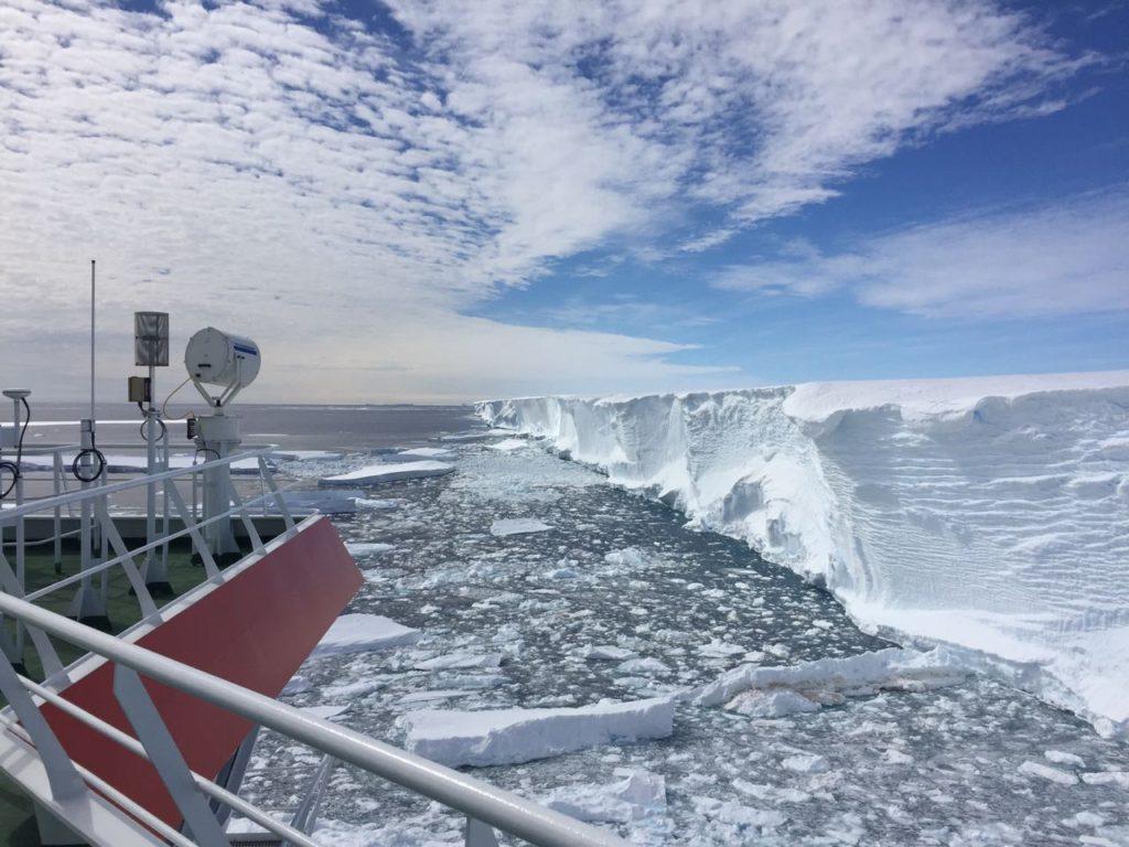 Beleef Antarktika op Brekfis met Derrich