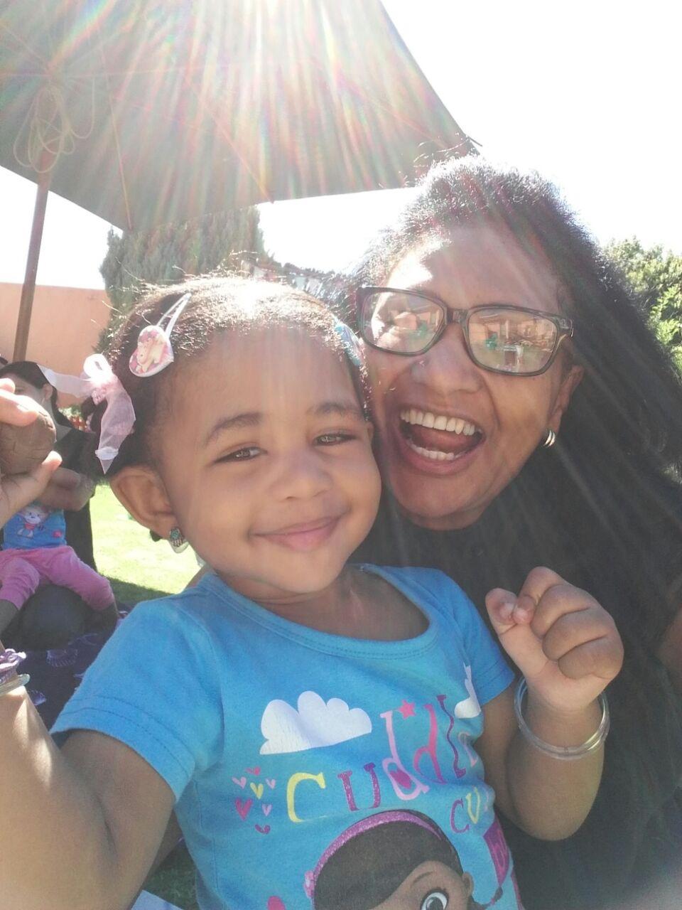Lynette koer oor haar 2-jarige Maya