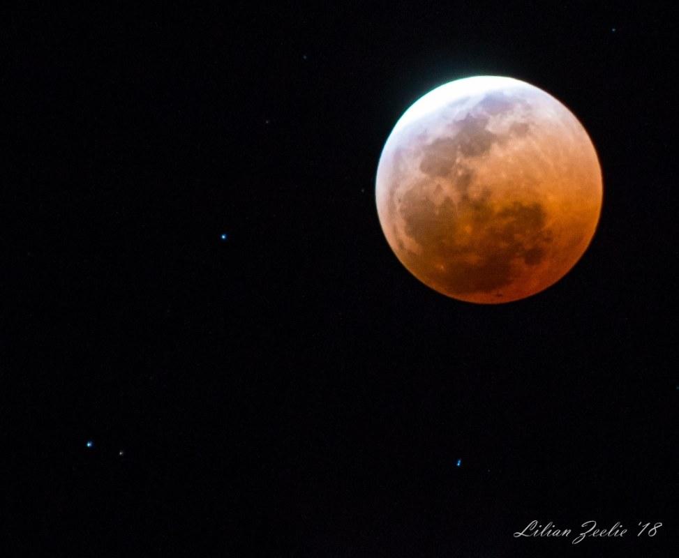 'n Bloedrooi maan