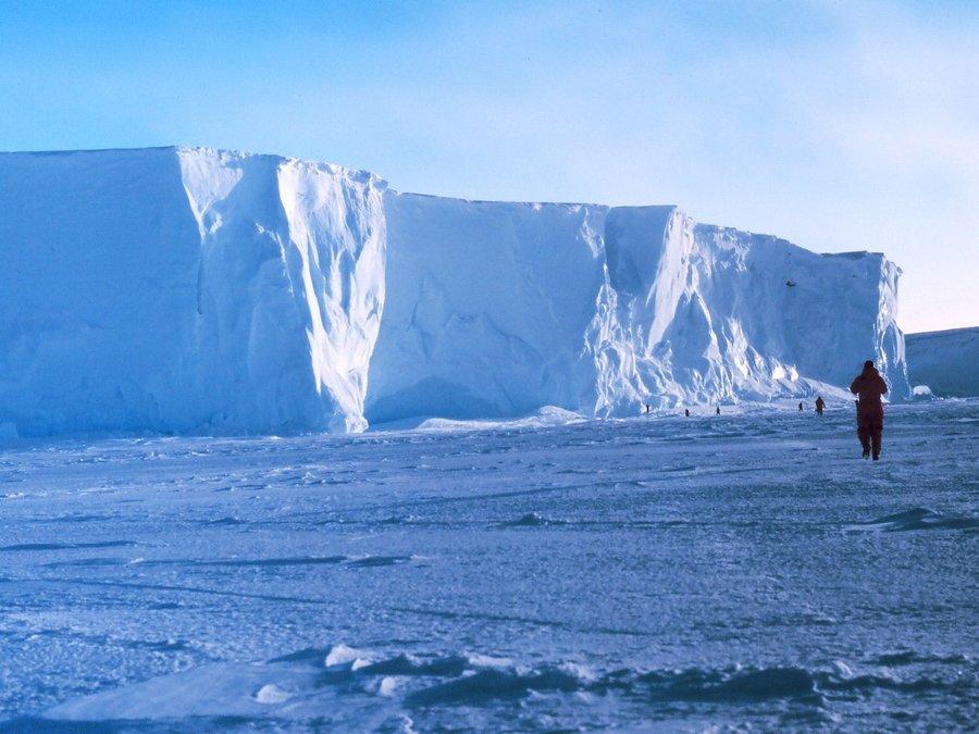 Die klank van 'n ysbank in Antarktika