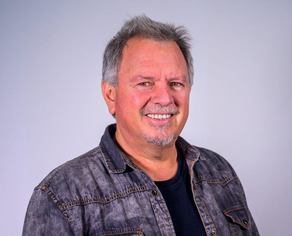 Johan Rademan deur Akademie vereer