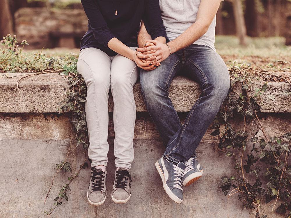 Vele romantiese tienerverhoudings is manipulerend. Hoe moet die ouer optree?